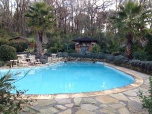 pool in Valbonne