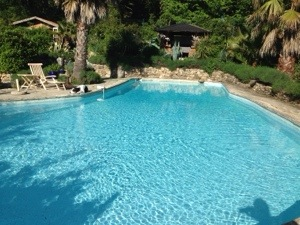 pool in Valbonne